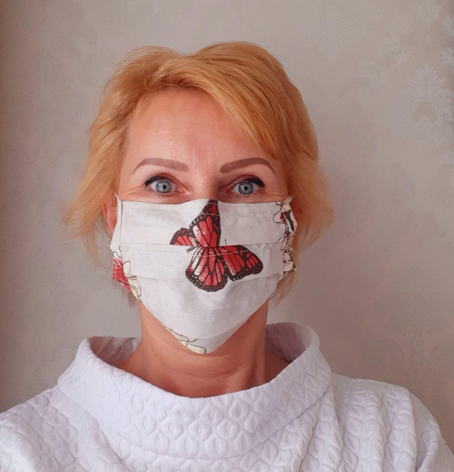 Moteriška Daugkartinė kosmetinė apsauginė kaukė (drugeliais) R00064