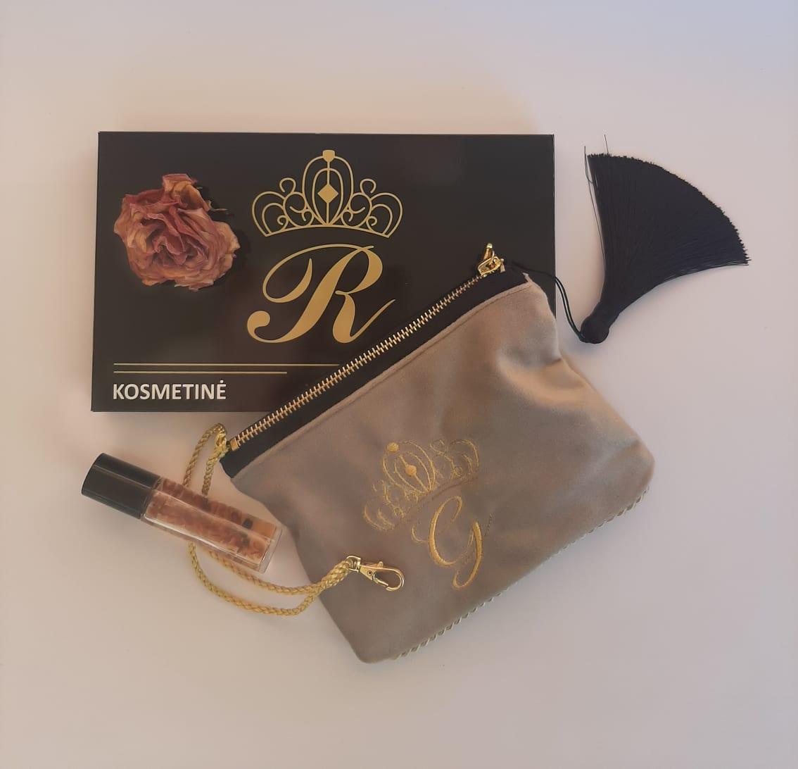 Karališka Kosmetinė kreminės spalvos G raidė auksinė